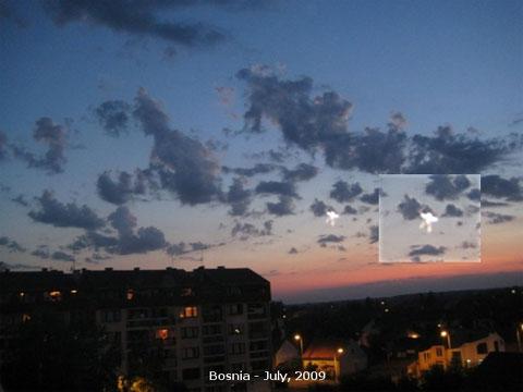 ボスニアで撮影された謎の発光体
