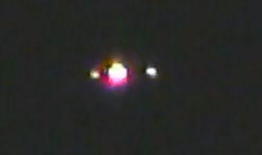 カルフォルニア州フレズノで撮影された変色するUFO